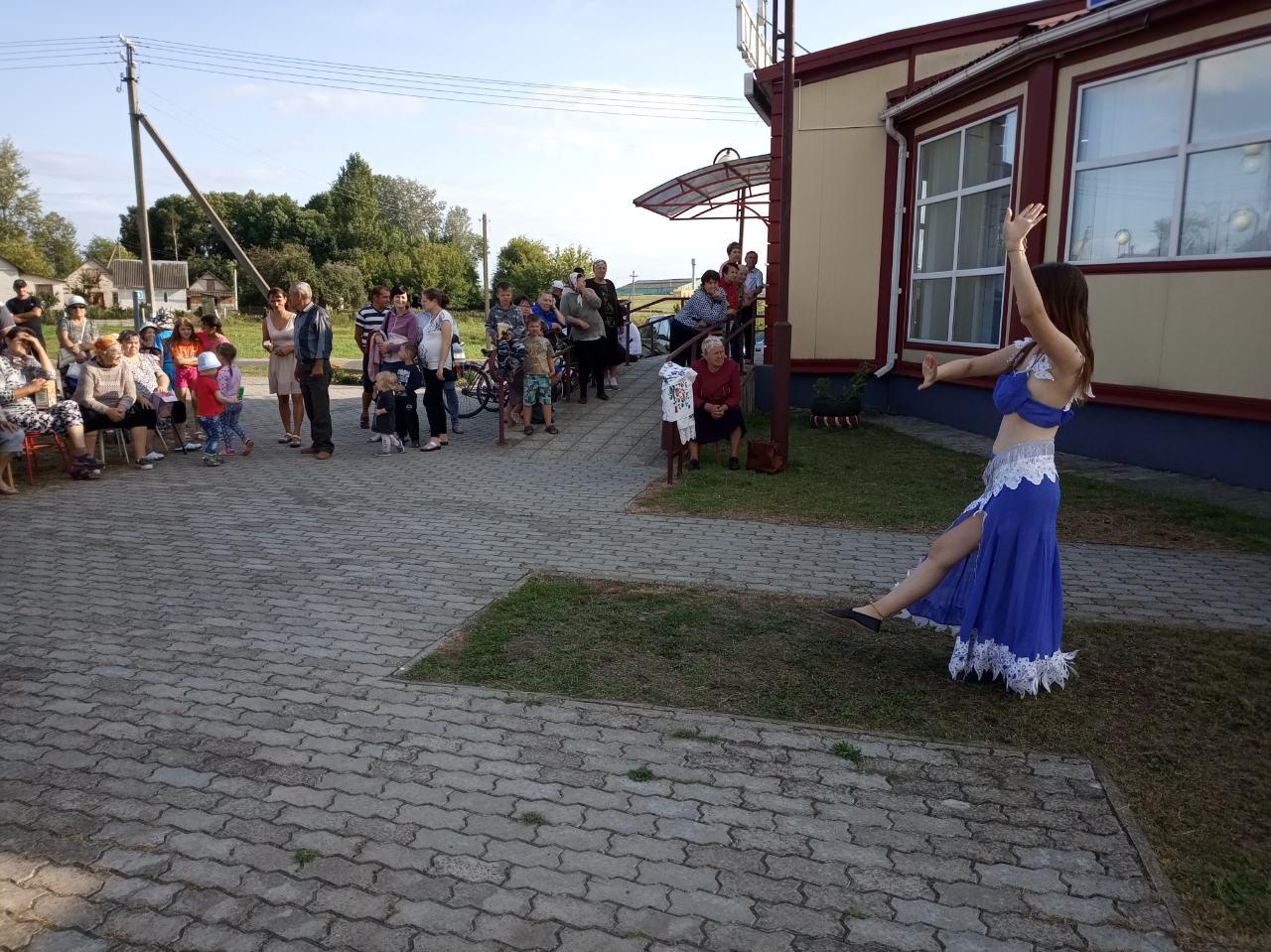 аг. бородичи пр-к улицы..по соседству мы живём